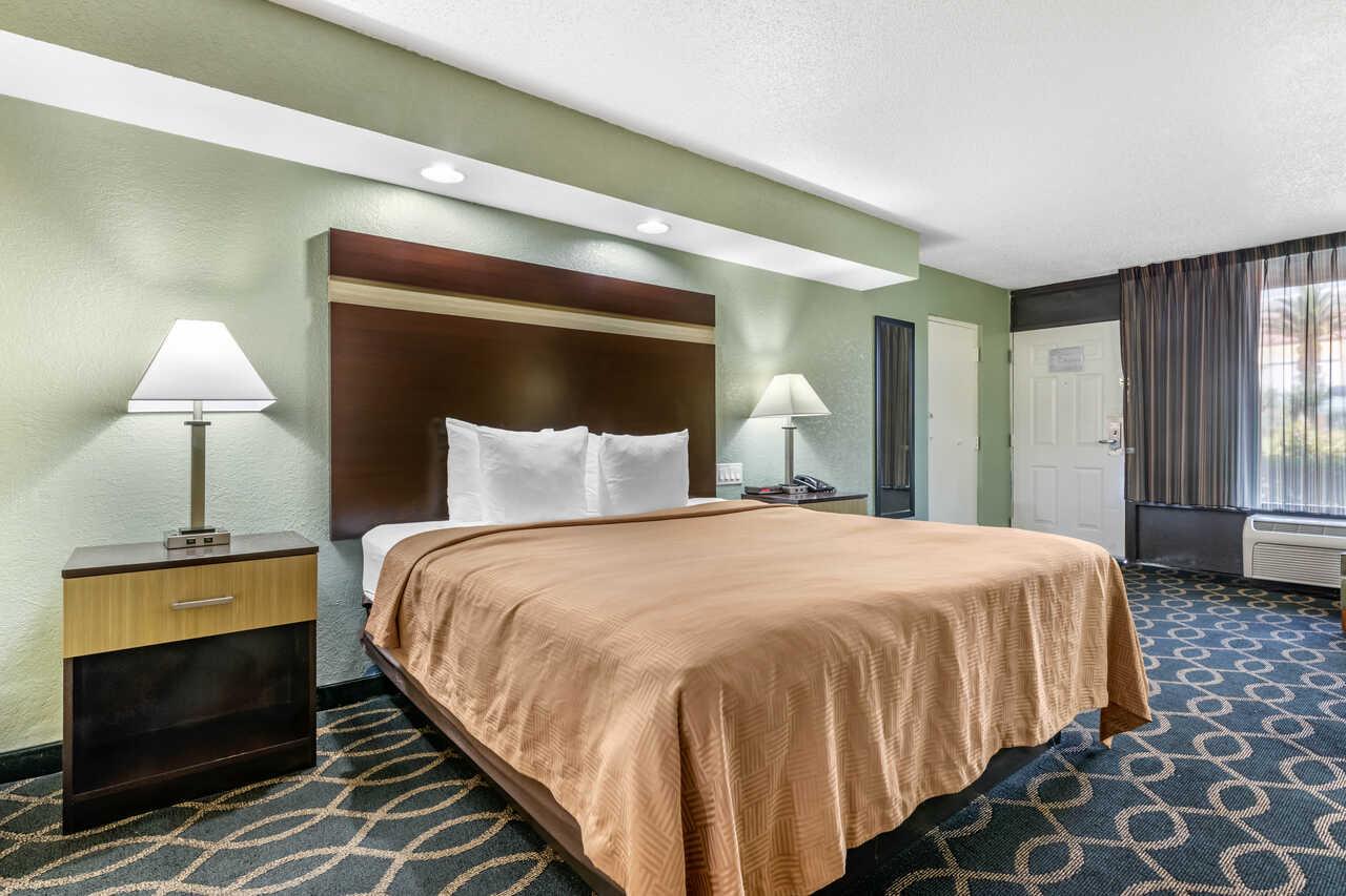 Clarion Inn International Drive - Single Bed Room-3