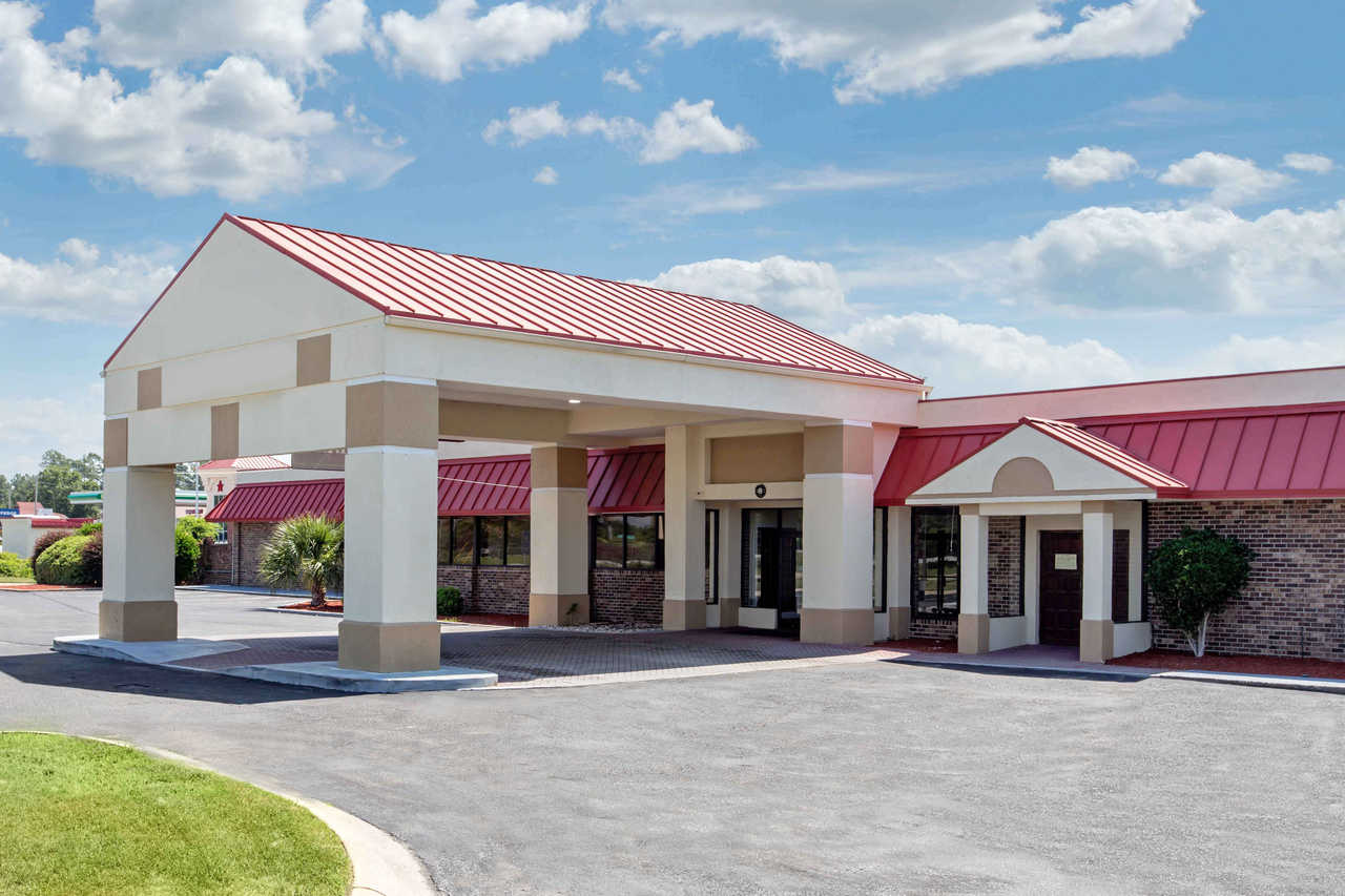 Clarion Inn Santee - Exterior-2