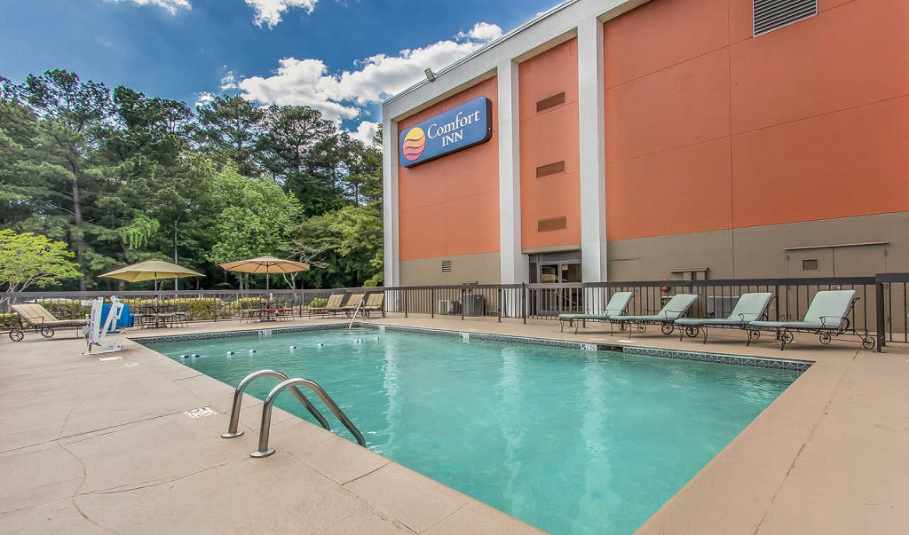 Comfort Inn Jackson - Pool Area