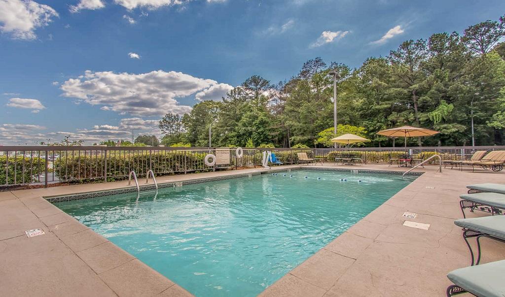 Comfort Inn Jackson - Pool Area-1
