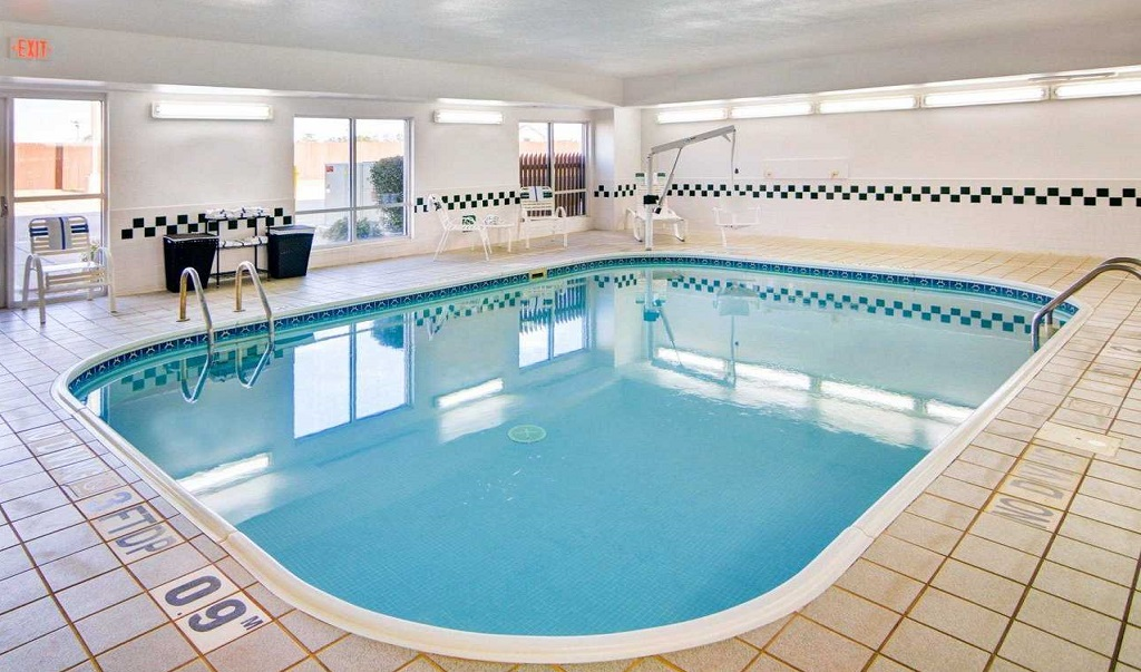 Comfort Suites Longview North - Pool Indoor2