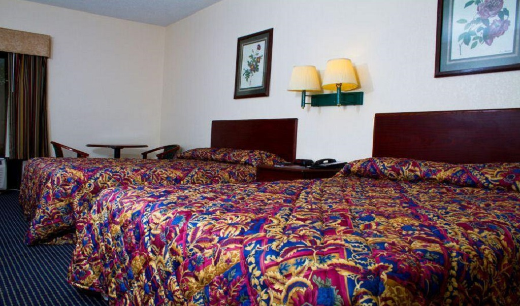 Country Hearth Inn & Suites Union City - Double Beds