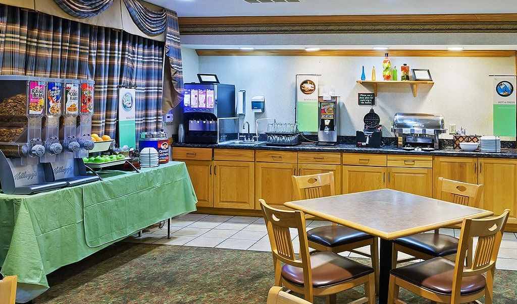 Country Inn and Suites Austin University Texas - Breakfast Area