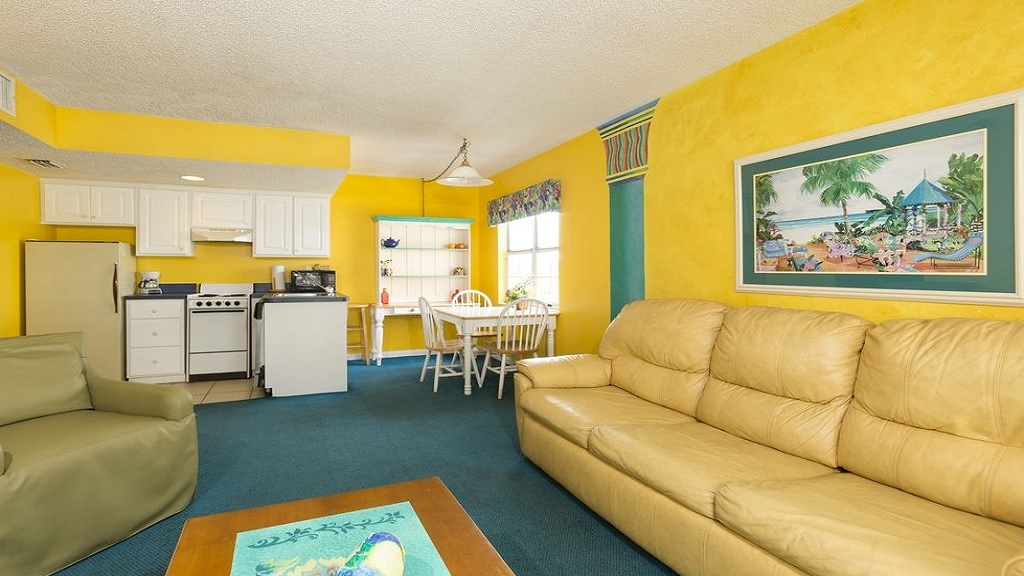 Beach Quarters Resort Daytona - Single Bed -Sofa