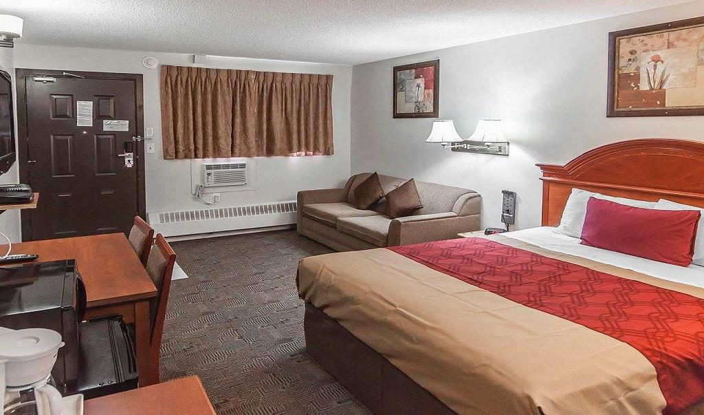 Econo Lodge Inn & Suites Drumheller - Single Bed Room-1