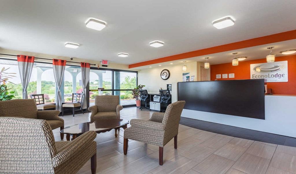 Econo Lodge White Pine - Lobby-2