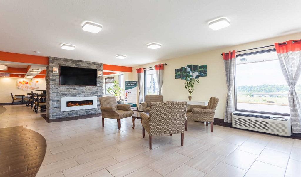 Econo Lodge White Pine - Lobby