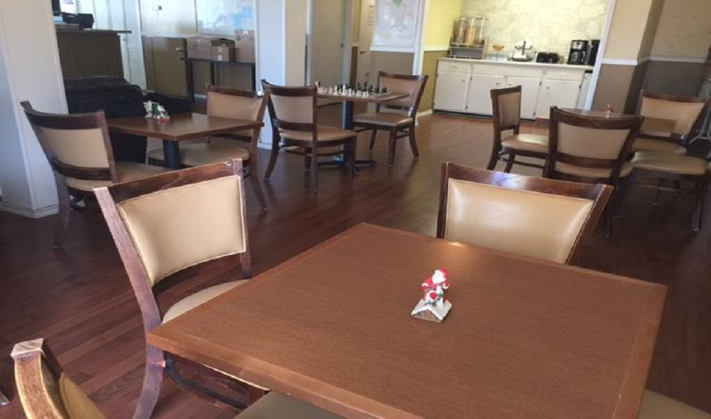 Executive Inn & Suites Beeville - Dining Area