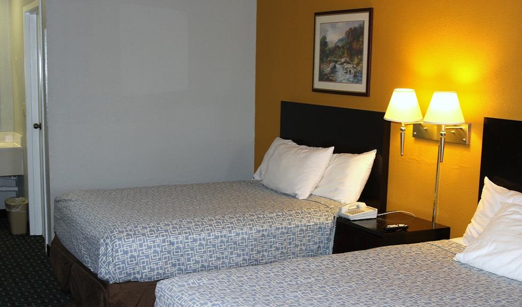 Express Inn and Suites Trion - Double Beds Room