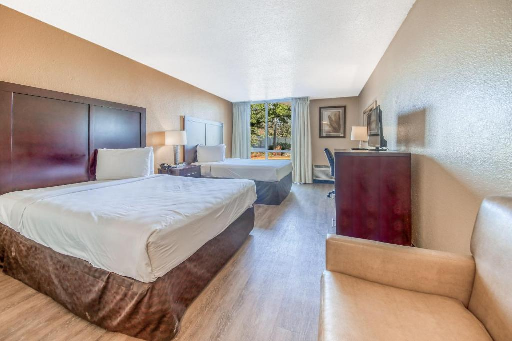 Floridian Express Extended Stay Hotel - Double Beds Room-1
