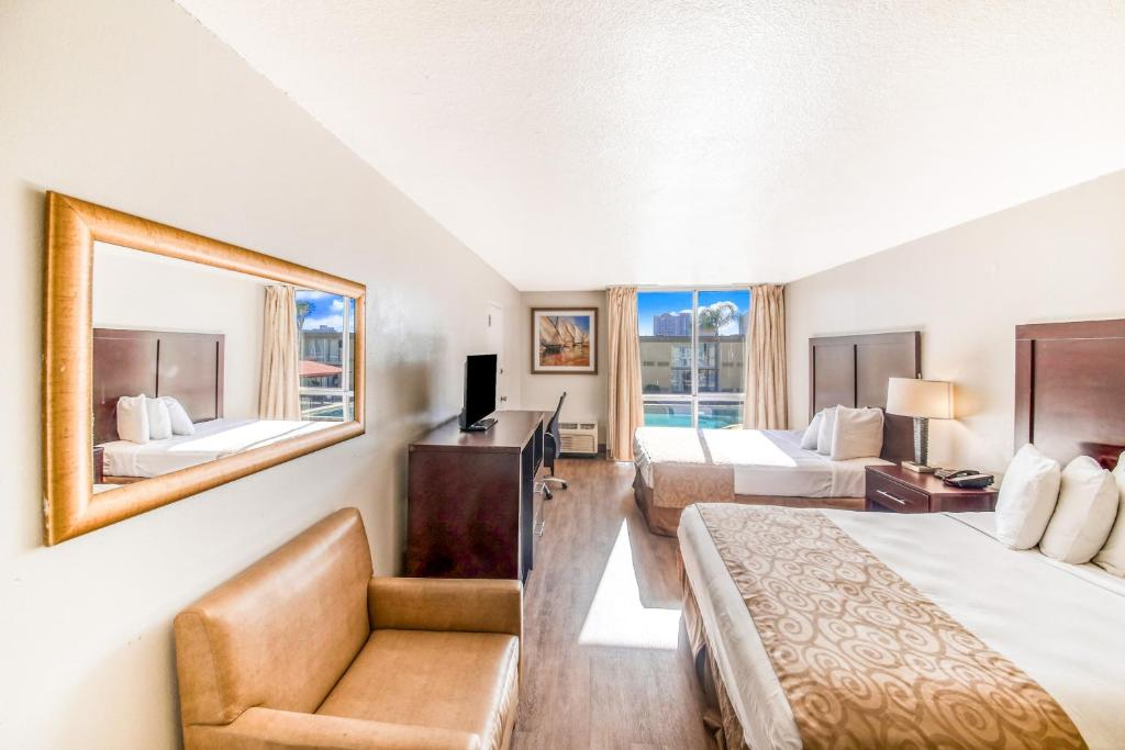 Floridian Express Extended Stay Hotel - Double Beds Room-2