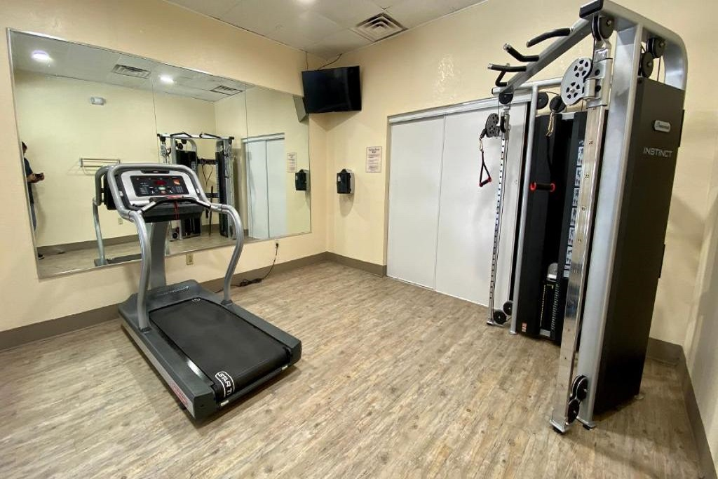 Floridian Express Extended Stay Hotel - Fitness Area