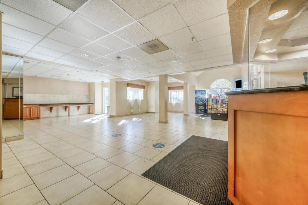 Floridian Hotel and Suites Extended Stay Orlando - Lobby Area-1