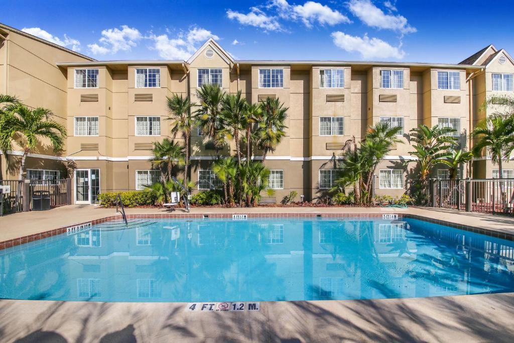 Floridian Hotel and Suites Extended Stay Orlando - Outdoor Pool-1