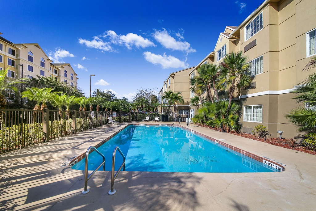 Floridian Hotel and Suites Extended Stay Orlando - Outdoor Pool-2