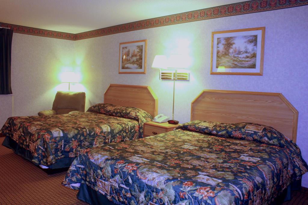 Garden City Inn - Double Beds Room