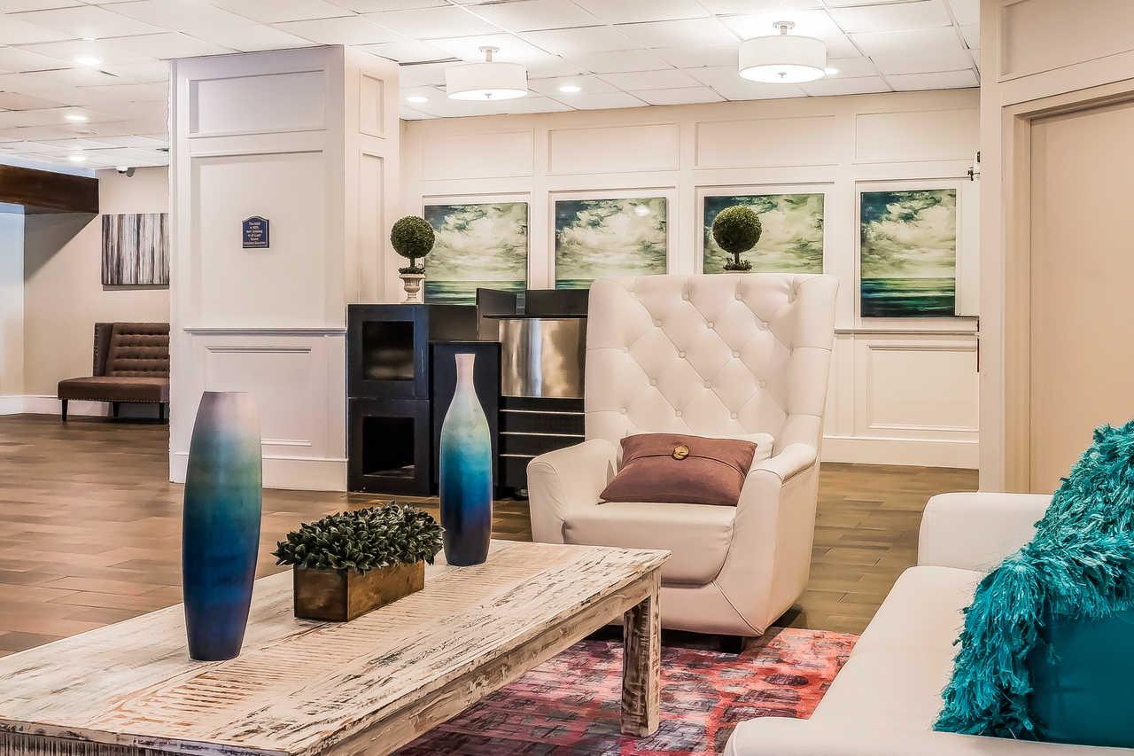 Grand Hilton Head Inn - Lobby-6