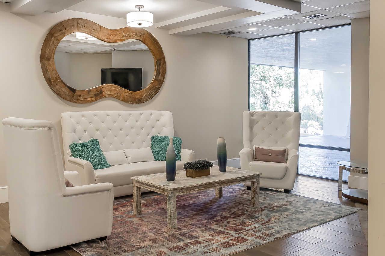 Grand Hilton Head Inn - Lobby-5
