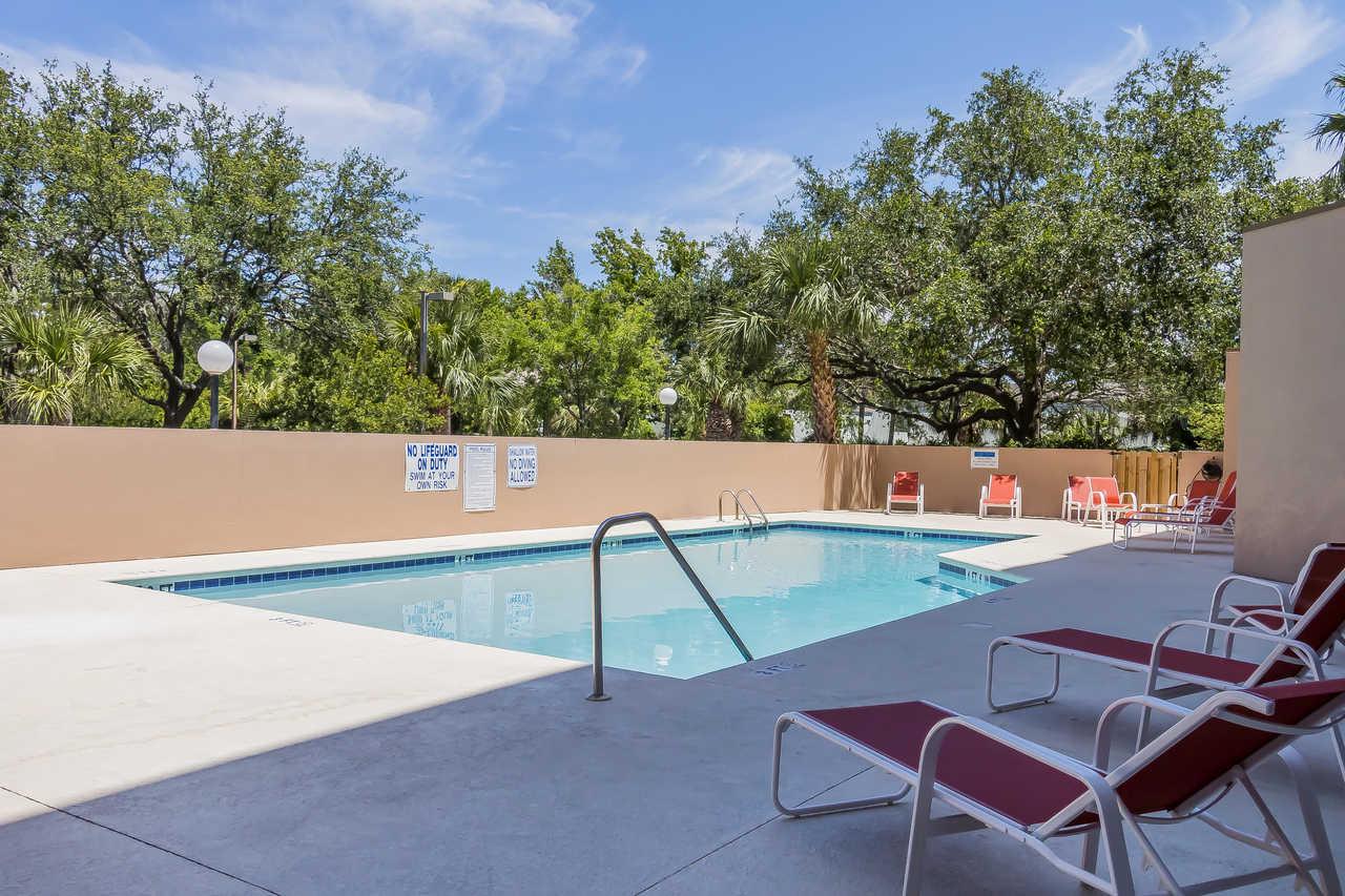 Grand Hilton Head Inn - Pool-3