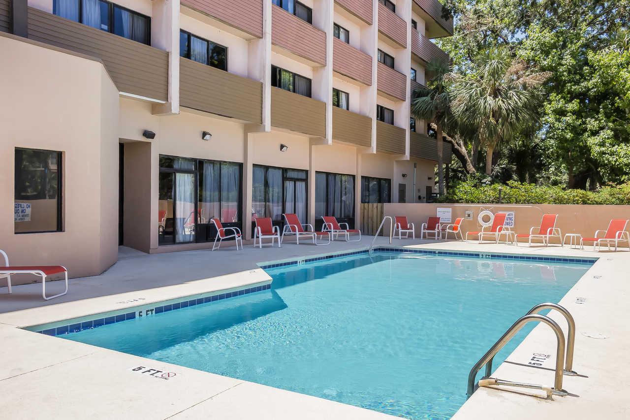 Grand Hilton Head Inn - Pool-4