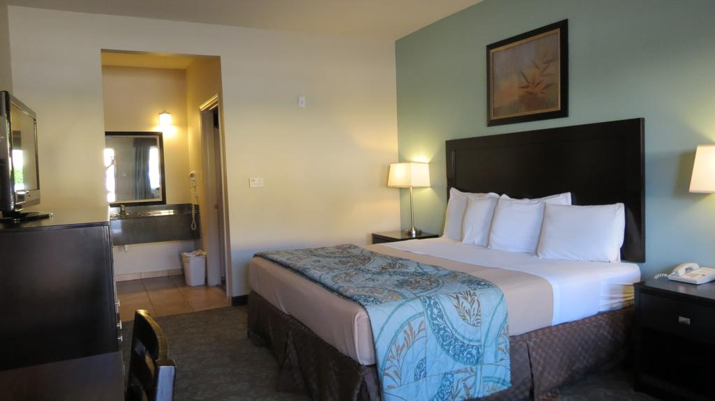 Grand Inn and Suites Houston - Single Bed-1