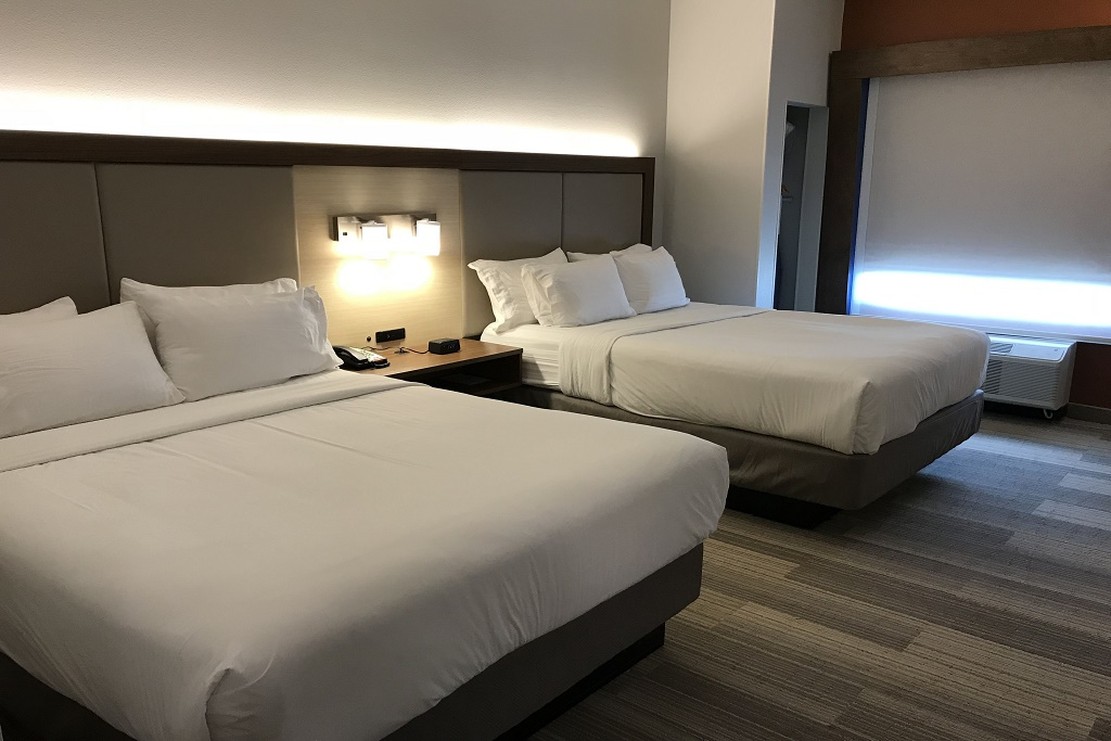 Holiday Inn Express South Davenport - Double Beds Room-1