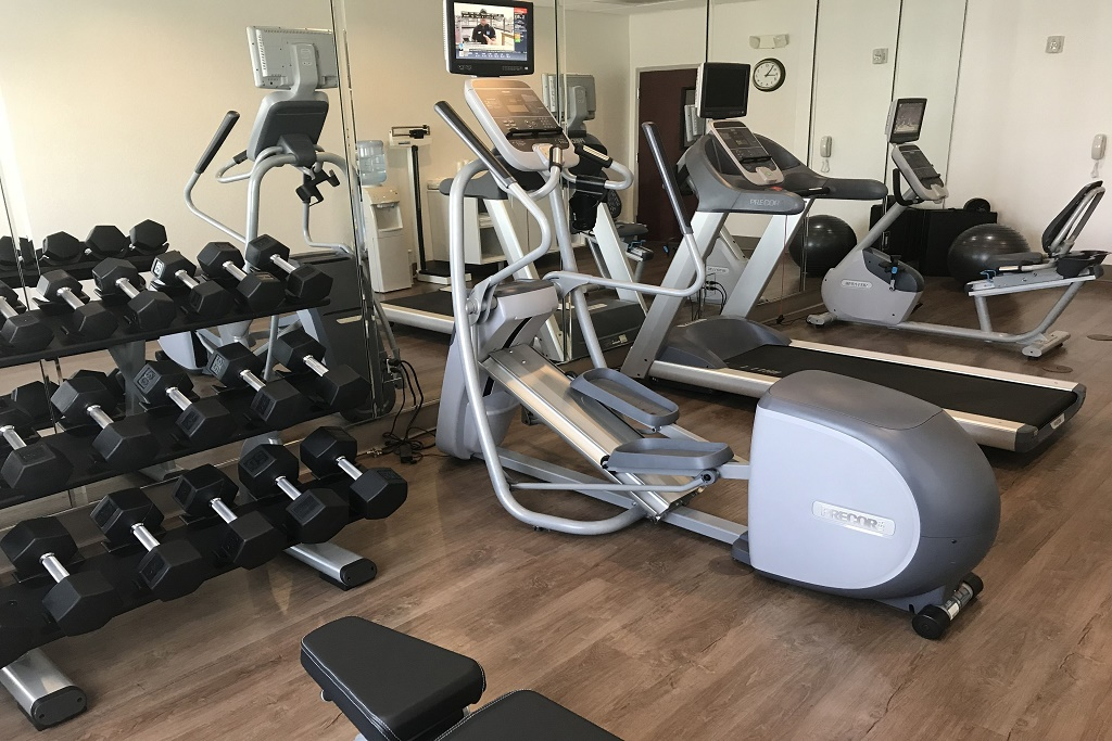 Holiday Inn Express South Davenport - Fitness Area
