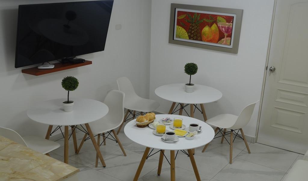 Hostal Plaza Mayor Lima - Breakfast Area