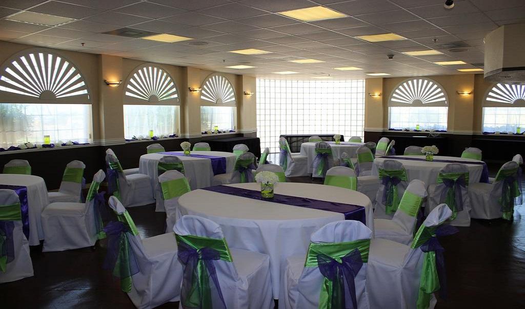 Magnuson Hotel Burleson Dining Area