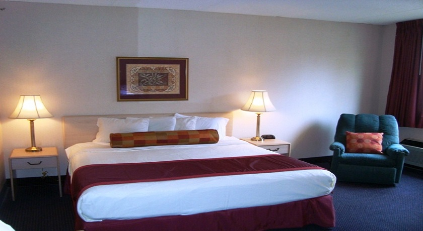 Hotel Pigeon Forge - King Room