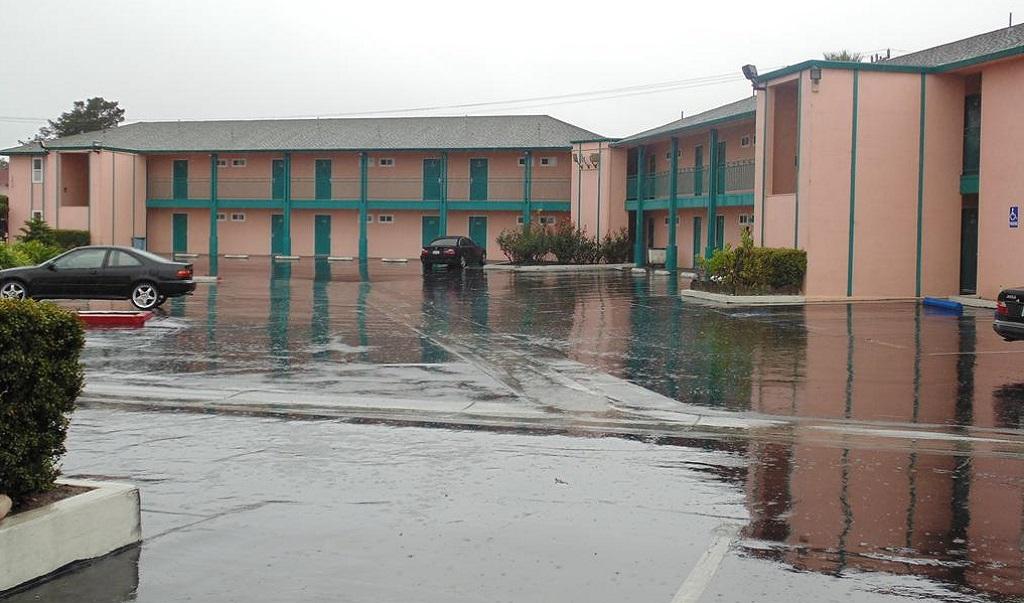 Inns of California Salinas - Exterior-6
