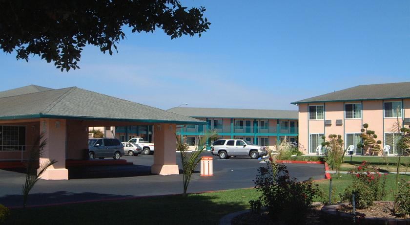 Inns of California Salinas - Exterior-1