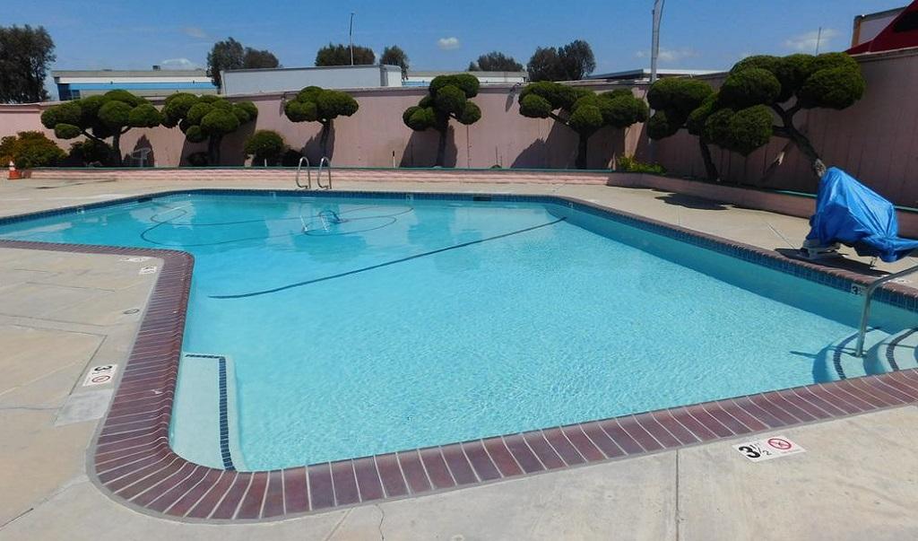 Inns of California Salinas - Pool-1