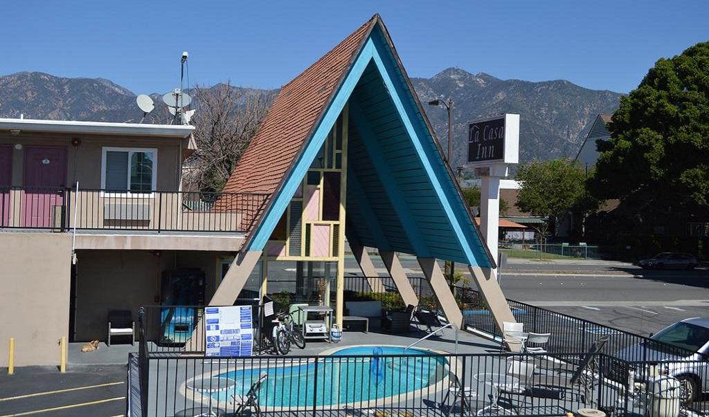 La Casa Inn Motel - Exterior-2
