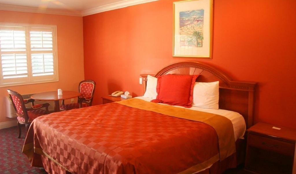 La Casa Inn Motel - Single Bed-1
