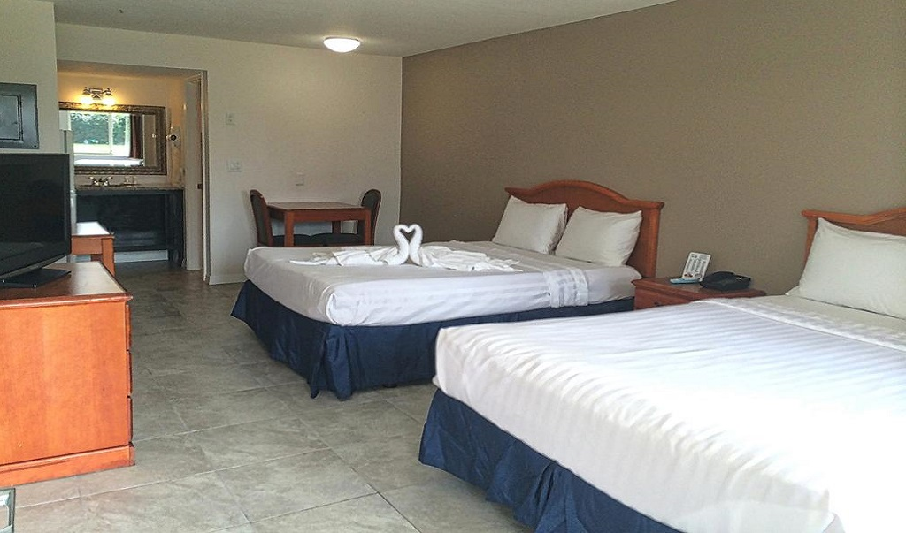 Lantern Inn & Suites - Double Beds-1