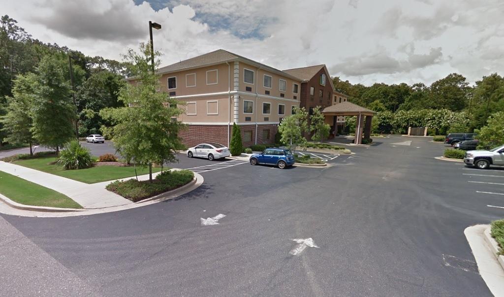 Magnolia Inn And Suites - Exterior-1