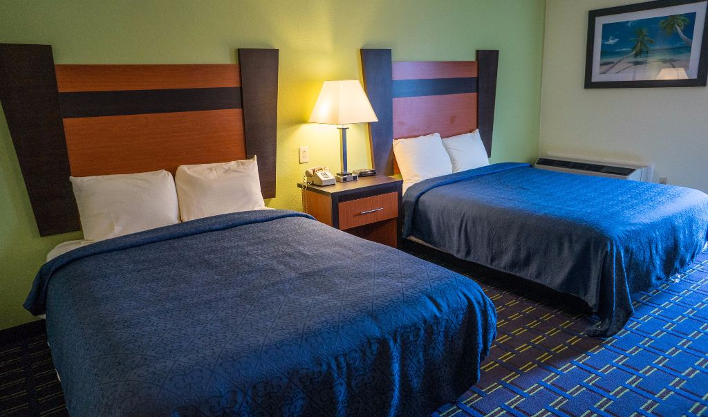 Mariner Motor Lodge Cape Cod - Double Beds-6