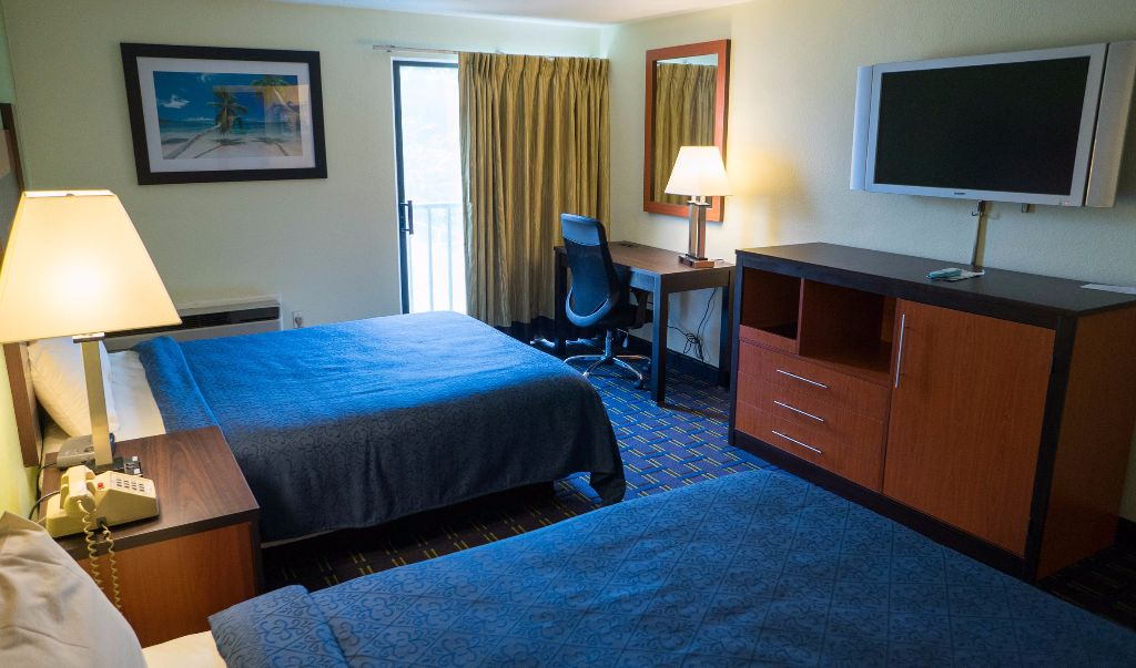 Mariner Motor Lodge Cape Cod - Double Beds-5