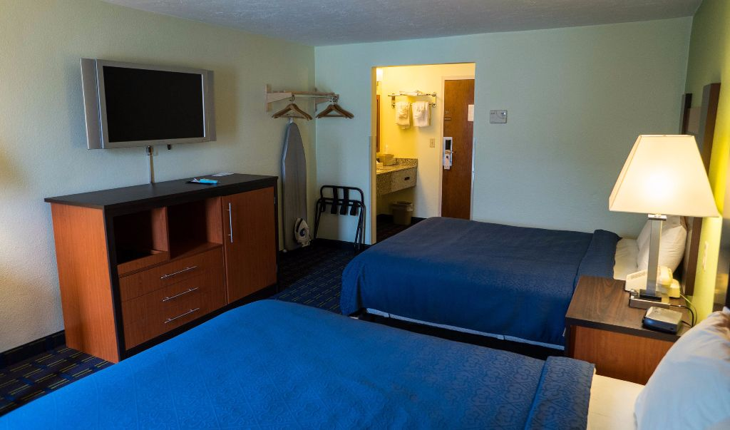 Mariner Motor Lodge Cape Cod - Double Beds-4