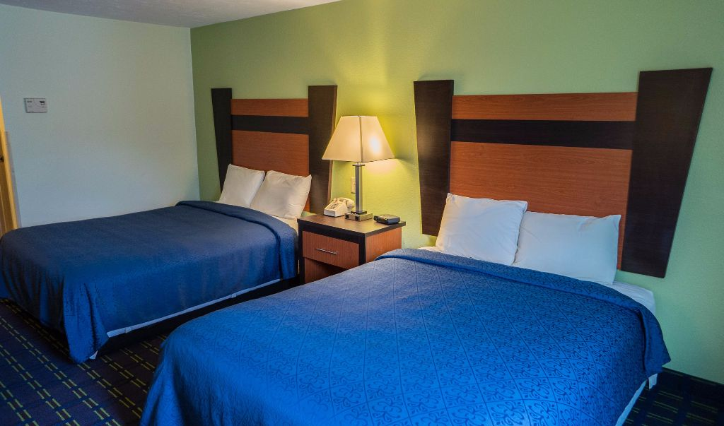 Mariner Motor Lodge Cape Cod - Double Beds-3