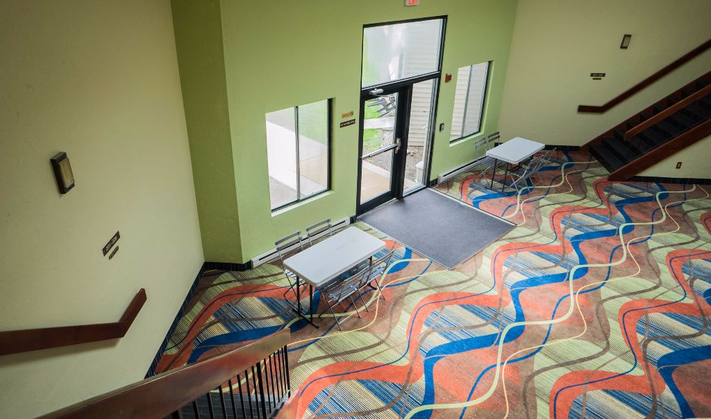 Mariner Motor Lodge Cape Cod - Lobby-1