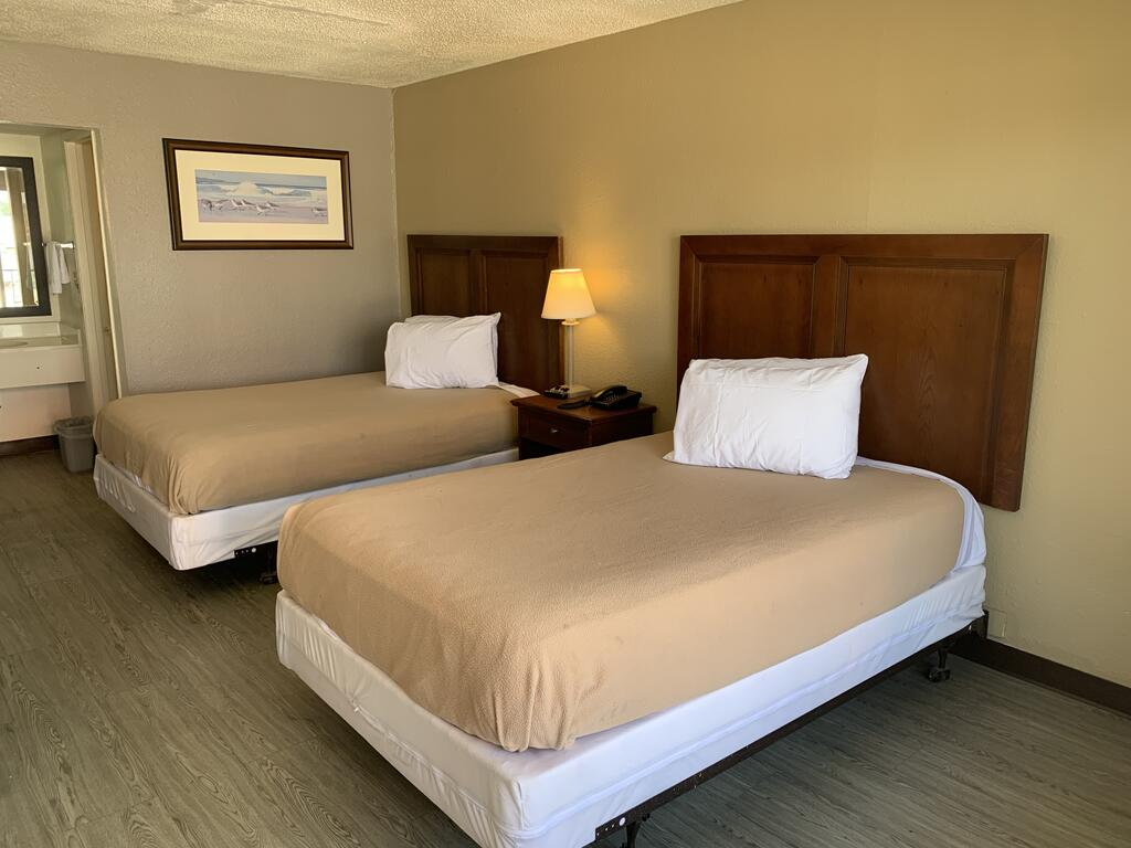 Masters Inn Tuscaloosa - Double Beds Room-1