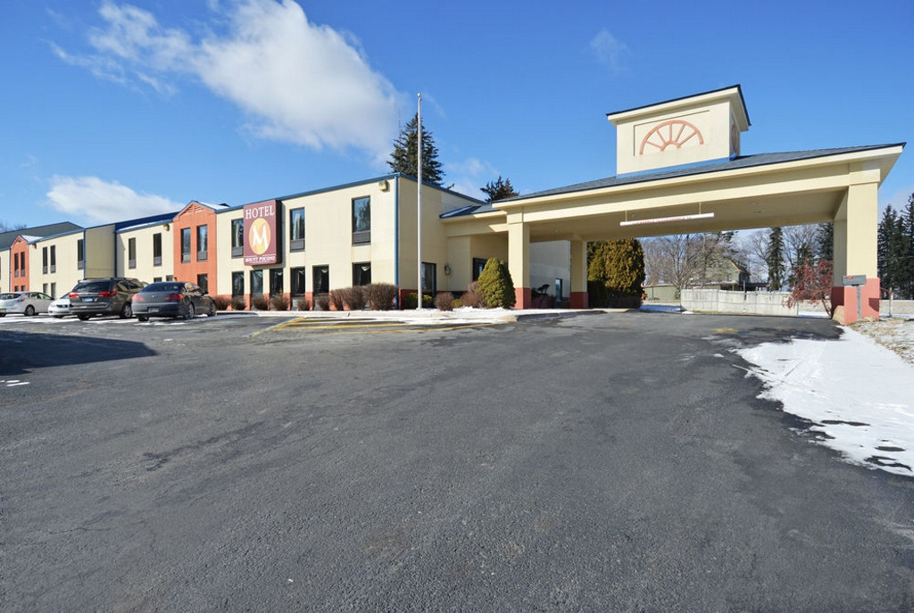 Hotel M Mount Pocono - Exterior-1