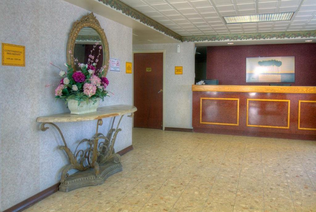 Hotel M Mount Pocono - Lobby-2