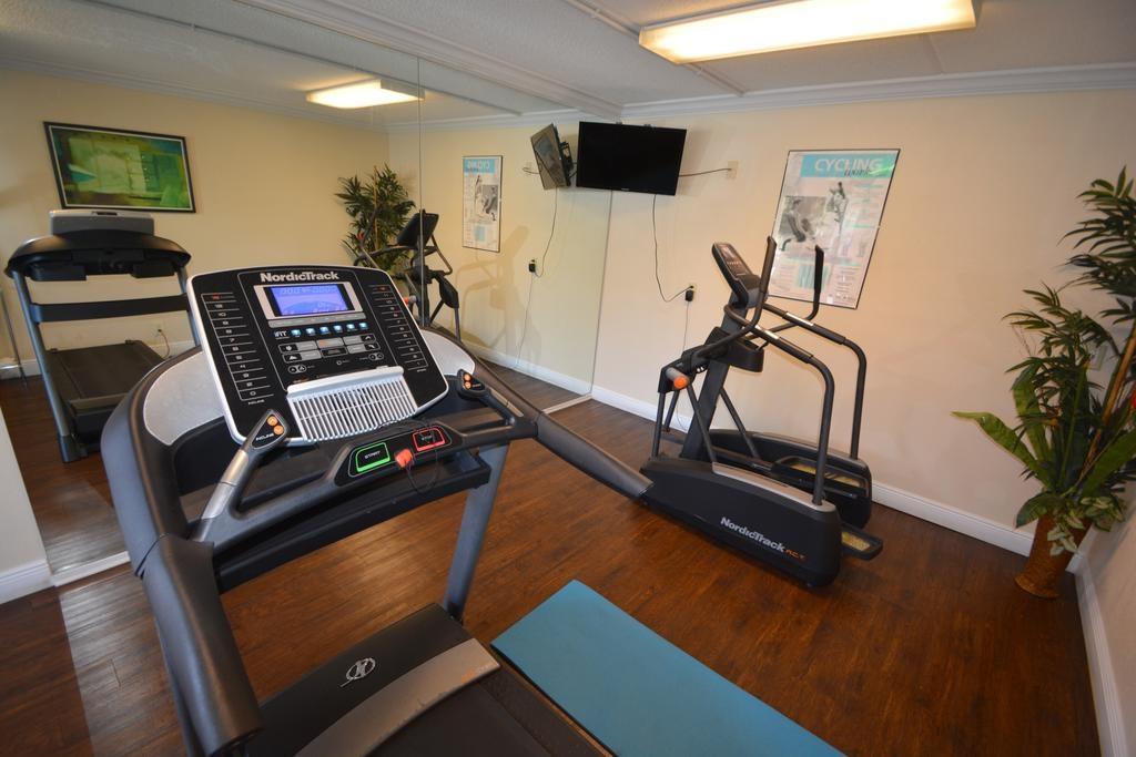 Midpointe Hotel Orlando - Fitness Area