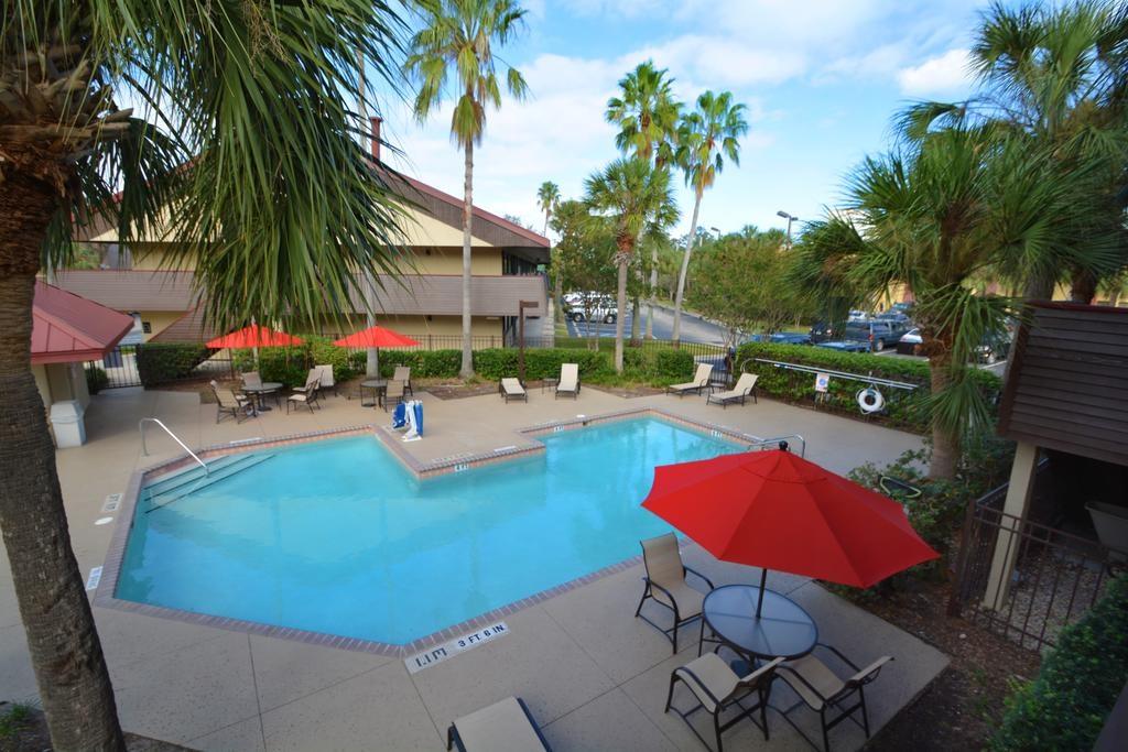 Midpointe Hotel Orlando - Pool-1