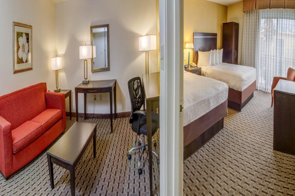 Midpointe Hotel Orlando - Queen Suite