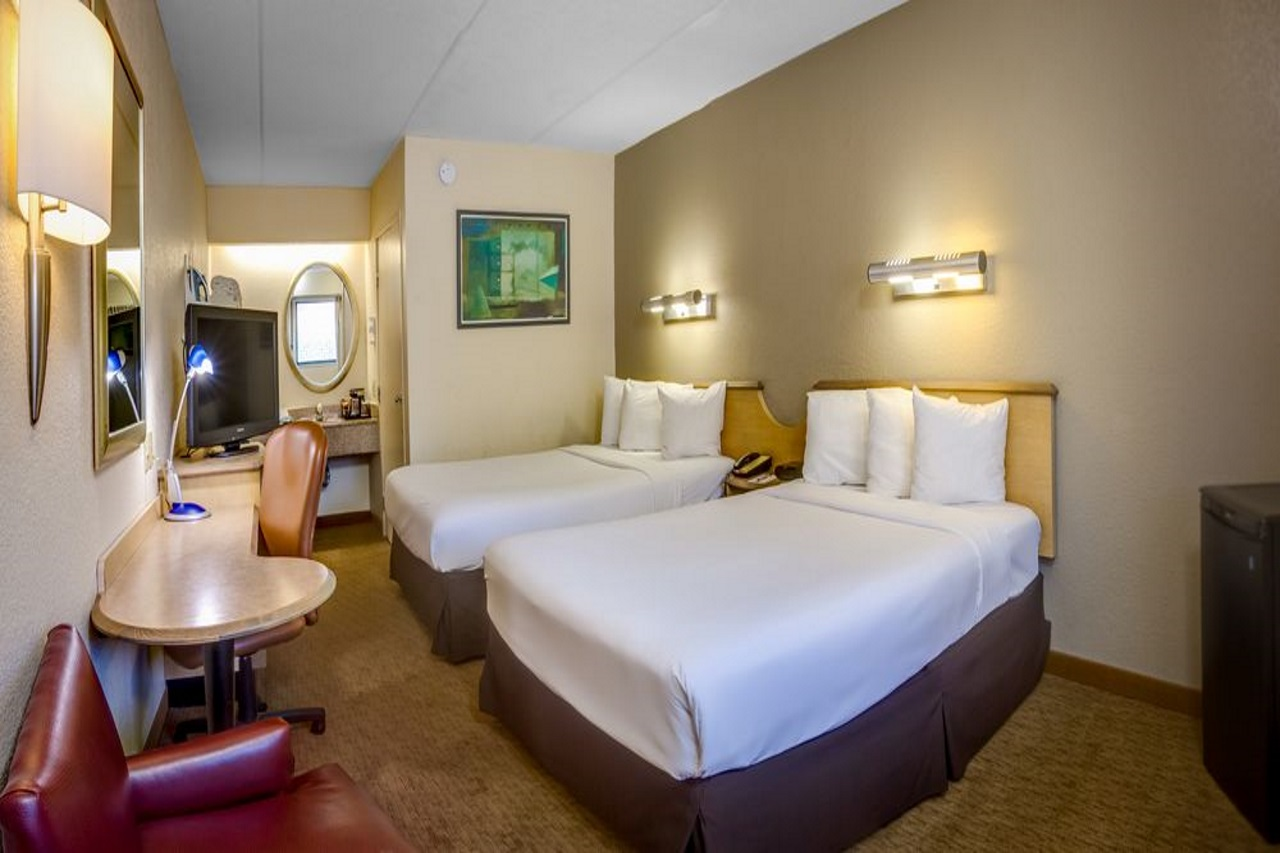 Midpointe Hotel At International Drive - Double Beds Room