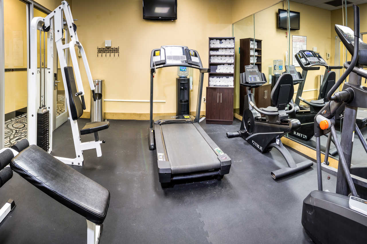 Midpointe Hotel At International Drive - Fitness Area